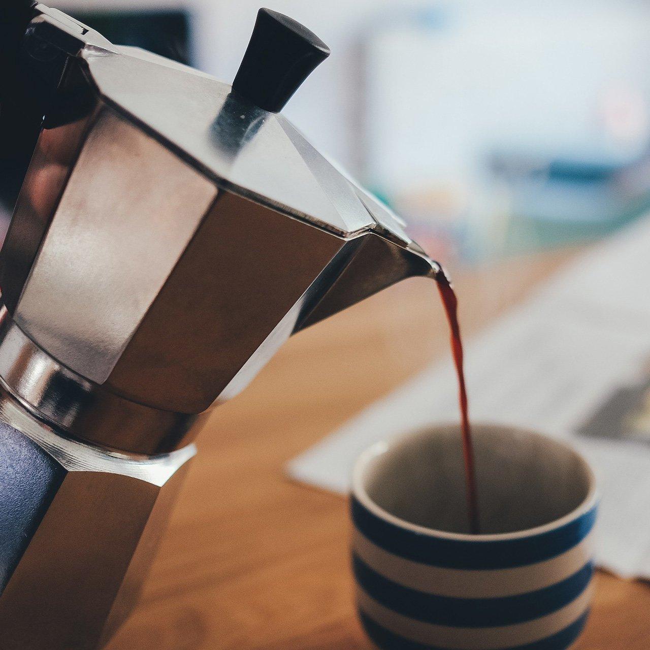 Kalorienarme Getränke-Alternative Ingwertee - auch als Kaffee-Ersatz